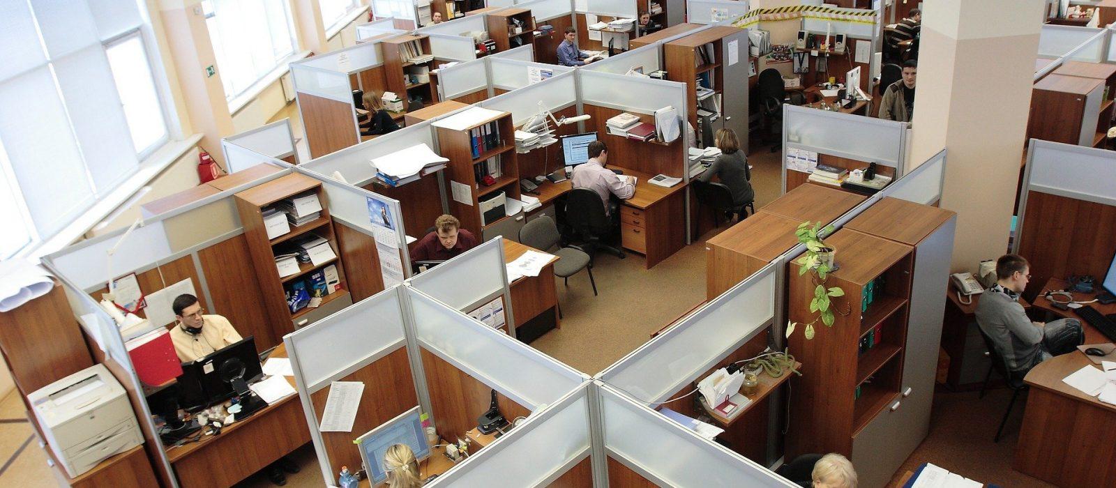 office-95311_1920